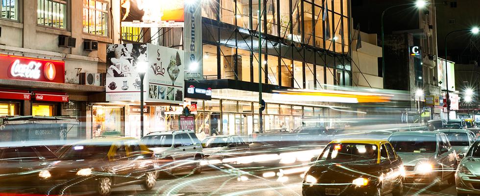 Avenida Corrientes Farmacias Dr. Ahorro